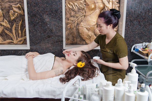 massage-tinh-dau-tu-nhien