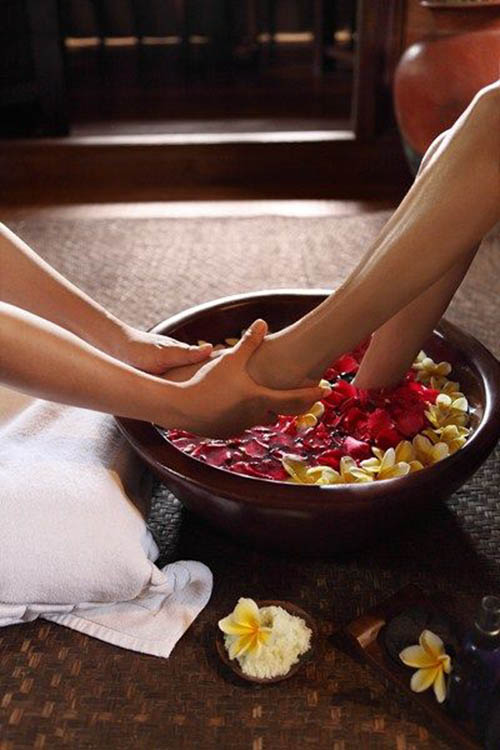 reduce pain - health benefits of massage foot