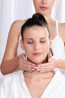 massage the neck