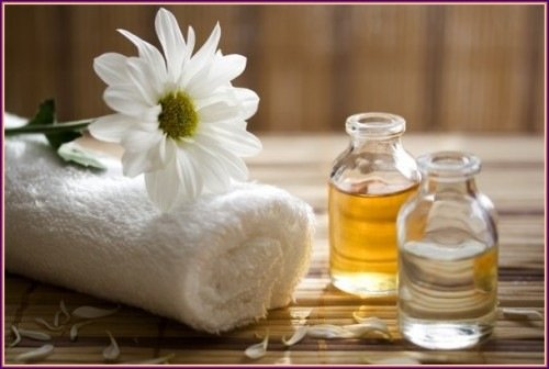 dùng dầu massage xoa toàn thân