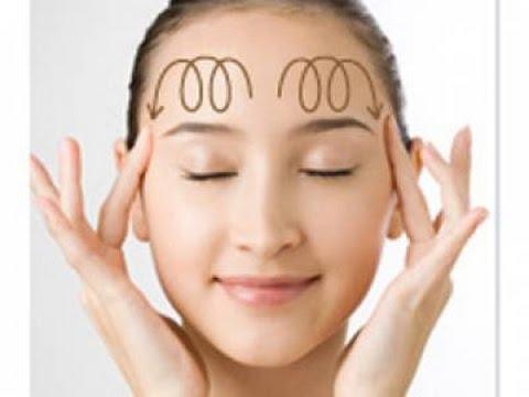 massage với kem dưỡng ẩm