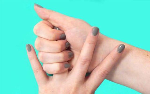 massage bàn tay giúp bạn kiểm soát được những xúc cảm không tốt của cơ thể