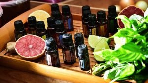 choose the essential oil to facial massage
