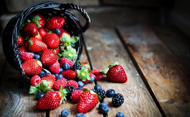 berries - a type of food that enhances memory